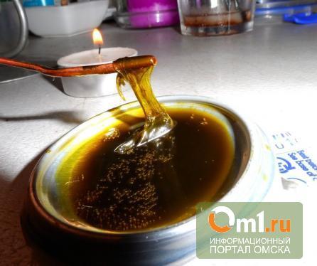 В Омске слесарь больницы готовил наркотики прямо на рабочем месте