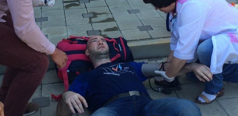 Казаки в аэропорту Анапы избили Алексея Навального и сотрудников ФБК