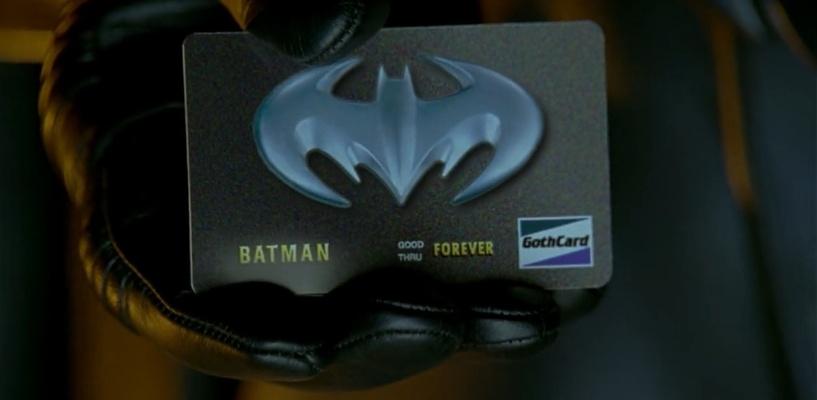 В Омске охранная компания заказала для сотрудников банковские карты с Бэтменом