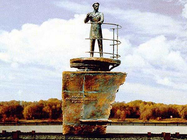Губернатор Омской области не будет заниматься установкой памятника Колчаку