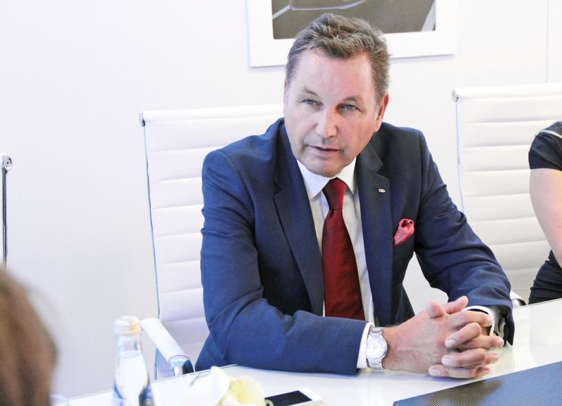 Надо больше! Президент АвтоВАЗа предложил повысить ввозные пошлины на иномарки