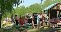 «Дикие» омские туристы превращают озеро Линево в болото
