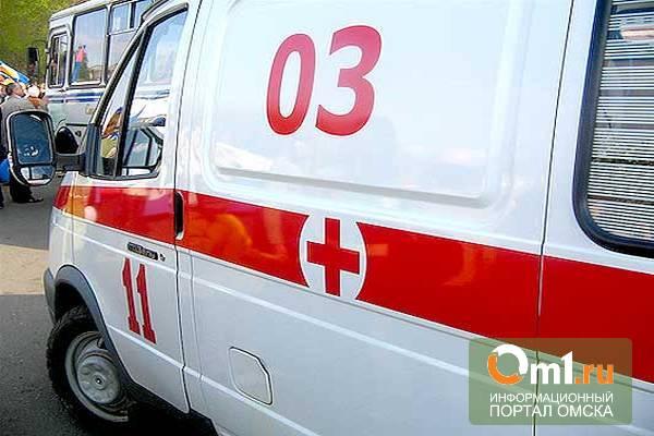 В Омске скорая помощь врезалась в пассажирскую газель