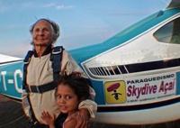 Бразильянка прыгнула с парашютом в 103 года