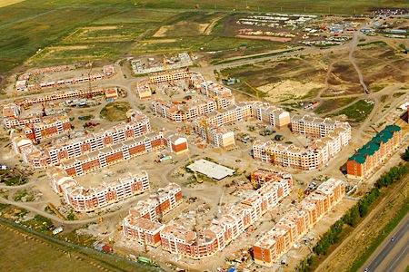 В Омске обманутым дольщикам «Ясной Поляны» пообещали достроить их дома