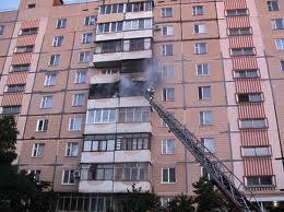 В Омске из-за замыкания пожарные эвакуировали 30 человек (ОБНОВЛЕНО)
