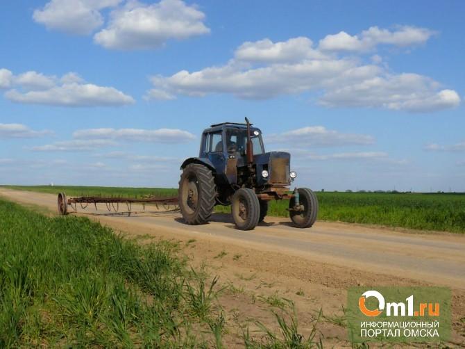 В Омской области с поля угнали трактор