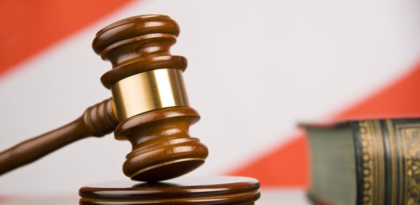 Шесть дочерей омички получат компенсацию за смерть матери под колесами грузовика