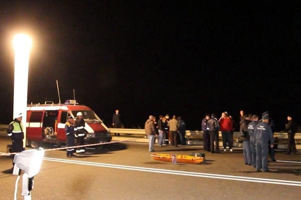 Скорая ехала полтора часа: малыша из машины, упавшей в яму под Симферополем, могли спасти