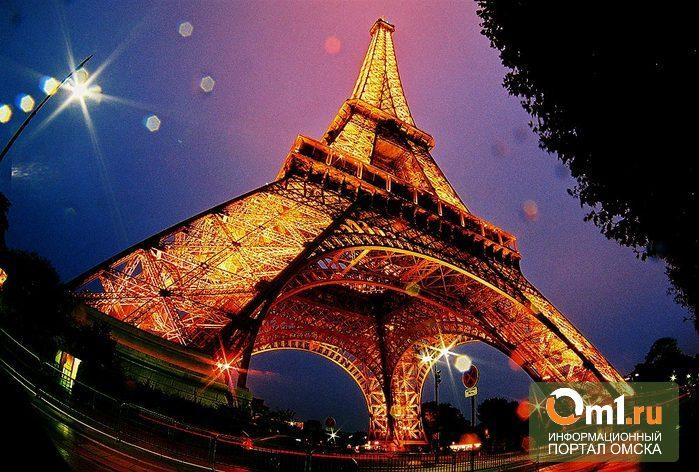Между омскими девушками разыграют путевку в Париж на Рождество