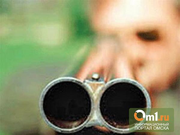 Омич, расстрелял соседку и ее четырехлетнего внука в подъезде