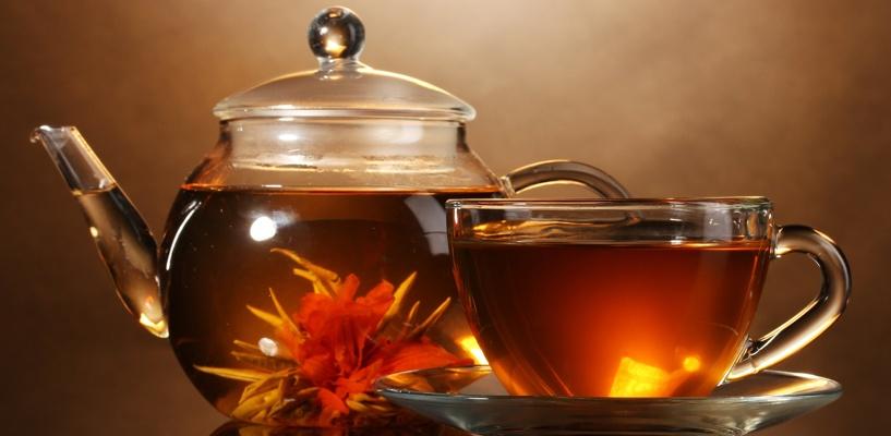 В Омске коньяк продавали под видом чая и кофе