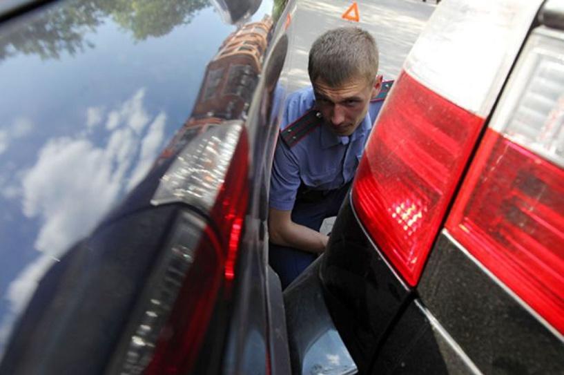 Пробкам бой: омских водителей обязали убирать свои авто после ДТП