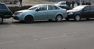 Четыре легковушки и пассажирская «ГАЗель» столкнулись в центре Омска