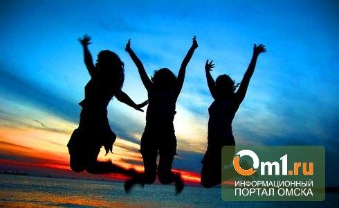12 часов веселья на День молодежи в Омске: битва диджеев, stand-up comedy, файер - шоу и многое другое