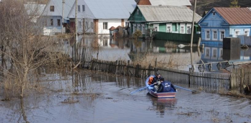 На севере Омской области вода пошла на спад