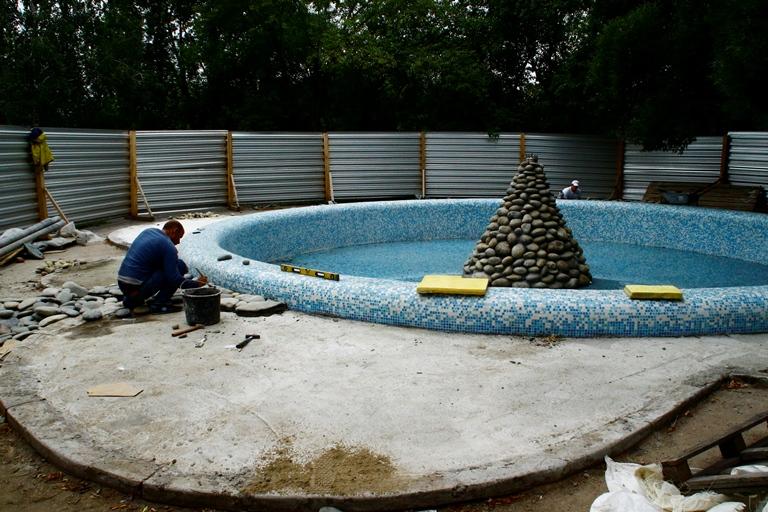 Восстановление старейшего омского фонтана почти закончилось