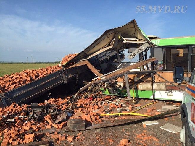 После ДТП на Сыропятском тракте участок дороги был отремонтирован