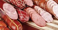 Преступная схема: омич своровал колбасы на 81 тысячу рублей