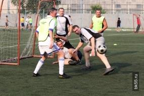 Футбольная команда горсовета так и не сыграла против мэрии Омска