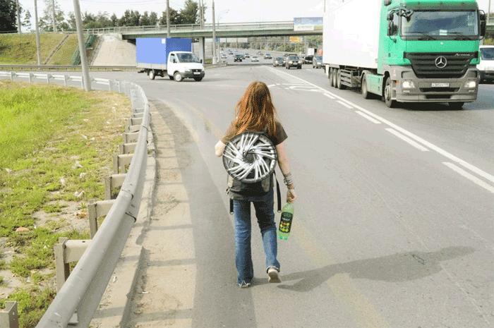 Автостопщица из Омска пропала на трассе Челябинск - Новосибирск