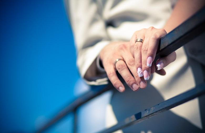 В Омске на 9 браков приходится 5 разводов