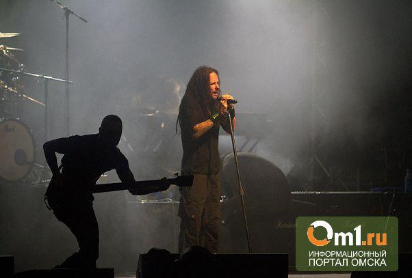Гитарист Korn загремел в больницу во время гастролей по Сибири
