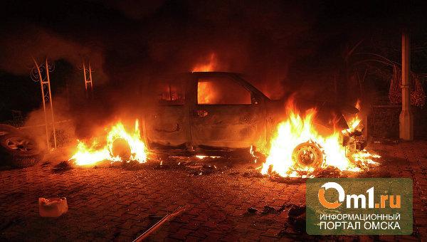 В Омске на Масленникова загорелась «Toyota Camry»