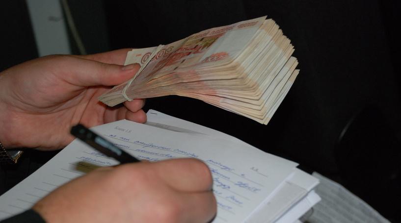 В Омске осудили четверых мужчин за сбыт поддельных купюр