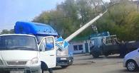 В Омске «ГАЗель» снесла фонарный столб
