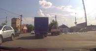 Омичи разворовали стройматериалы, оставленные на дороге