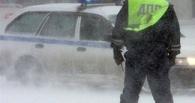 В Омской области на трассе едва не замерзли 10 человек
