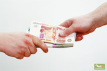 Берут в валюте: девальвация рубля вдвое повысила размер взятки в России
