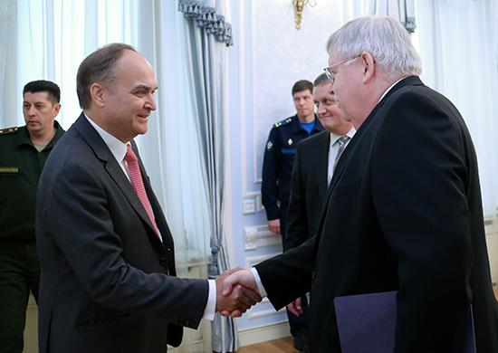 Москва раскритиковала Вашингтон за разрыв военного сотрудничества
