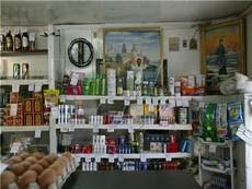 Житель Омской области спрятался в магазине, чтобы обворовать кассу