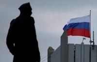 В Севастополе митингующие захватили штаб ВМС Украины