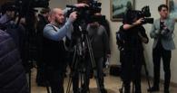Отец убитого в омской «малосемейке» парня заявил, что его сын не мог изнасиловать секретаря суда Смаглюк