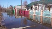 В Омском районе местная речка подтопила поселок Верхний Карбуш
