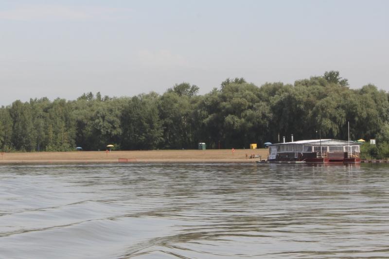 В Омской области открыли безопасный пляж