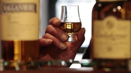 В Омске под видом виски продавался разбавленный технический спирт