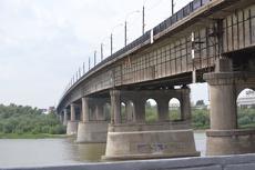 Ленинградский мост в Омске будут ремонтировать круглосуточно