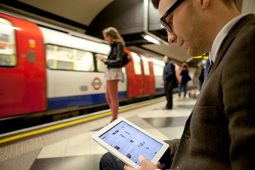 Хакеры заменили страницу Wi-Fi московского метро на порно