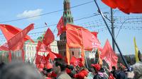 Коммунисты хотят отправить правительство Медведева в отставку