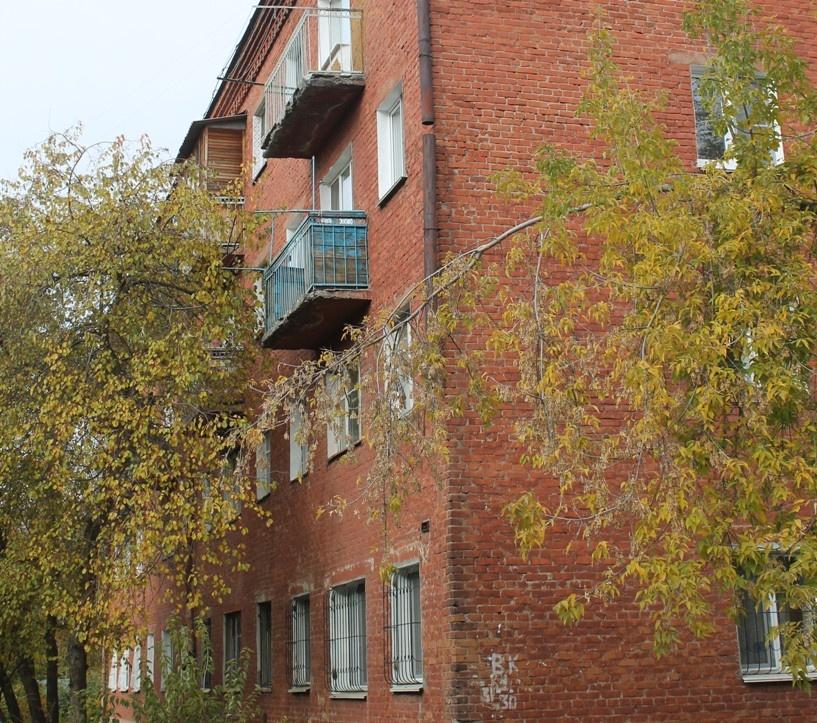 Очевидцы стрельбы на Ипподромной в Омске: «Сосед начал стрелять сквозь входную дверь»