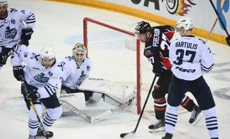 Сражались шесть периодов: «Авангард» одолел «Адмирал» в первом матче плей-офф