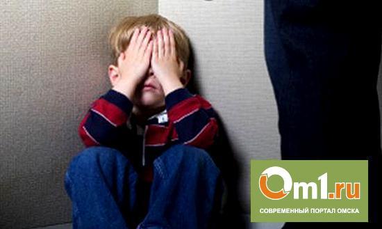 В Омске будут судить мать, избившую шестилетнего сына электропроводом