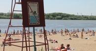 Омичей просят не купаться в Иртыше, несмотря на жару