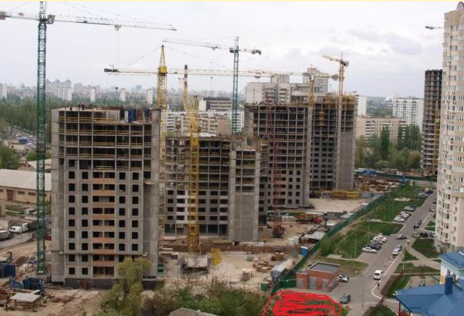 За шесть месяцев 2015 года в Омской области ввели 181, 6 тысячи кв. метров жилья