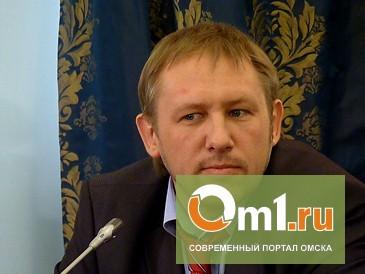 Назаров решение Ткачука о приостановке аккредитации омских СМИ назвал эмоциональным