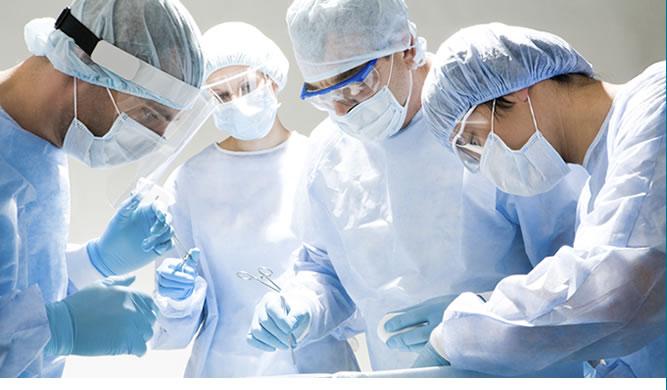 Омские хирурги показали немецким студентам, как нужно работать